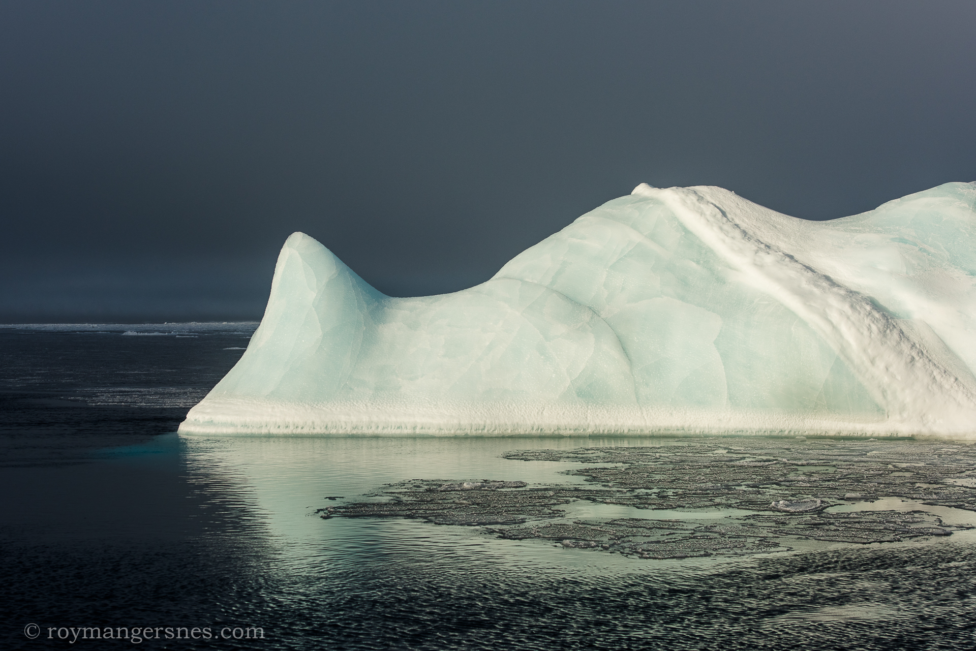Svalbard iceberg_Winter1